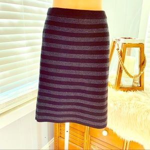 Ann Taylor black grey striped sweater skirt! EUC!